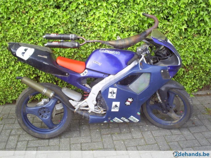 237309193-aprilia-rs50-model-chesterfield.jpg
